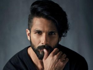 Shahid Kapoor Height, Weight, Age, Wiki, Wife, Family, Biography, Girlfriend And Facts - Shahid Kapoor 300x225