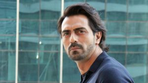 Arjun Rampal Bio, Height, Weight, Age, Family, Girlfriend And Facts - arjun rampal movie kahaani office for promotion d9ba6f14 4ba3 11e8 b38d ae9d3b5e5930 300x169
