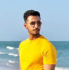 Bonny Sengupta Bio, Height, Weight, Age, Family, Girlfriend And Facts - download 2
