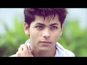 Siddharth Nigam Bio, Height, Weight, Age, Family, Girlfriend And Facts - hqdefault 2 300x225