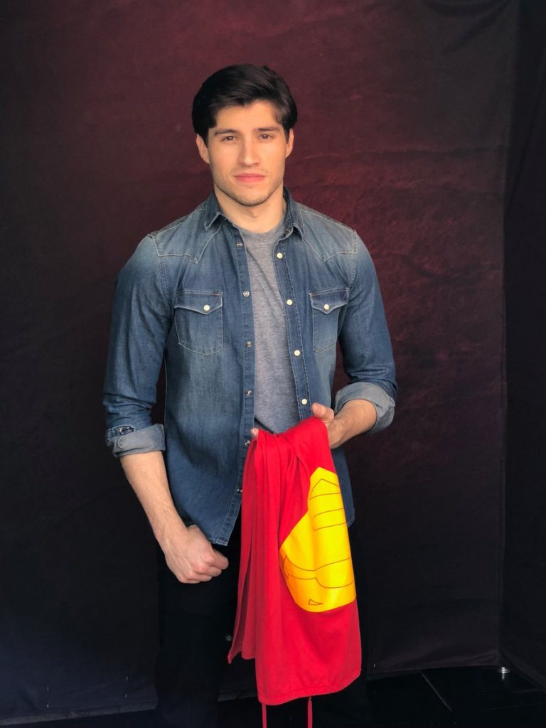 Cameron Cuffe Bio, Age, Height, Net Worth, Girlfriend, Facts - 2 Cameron Cuffe 768x1024