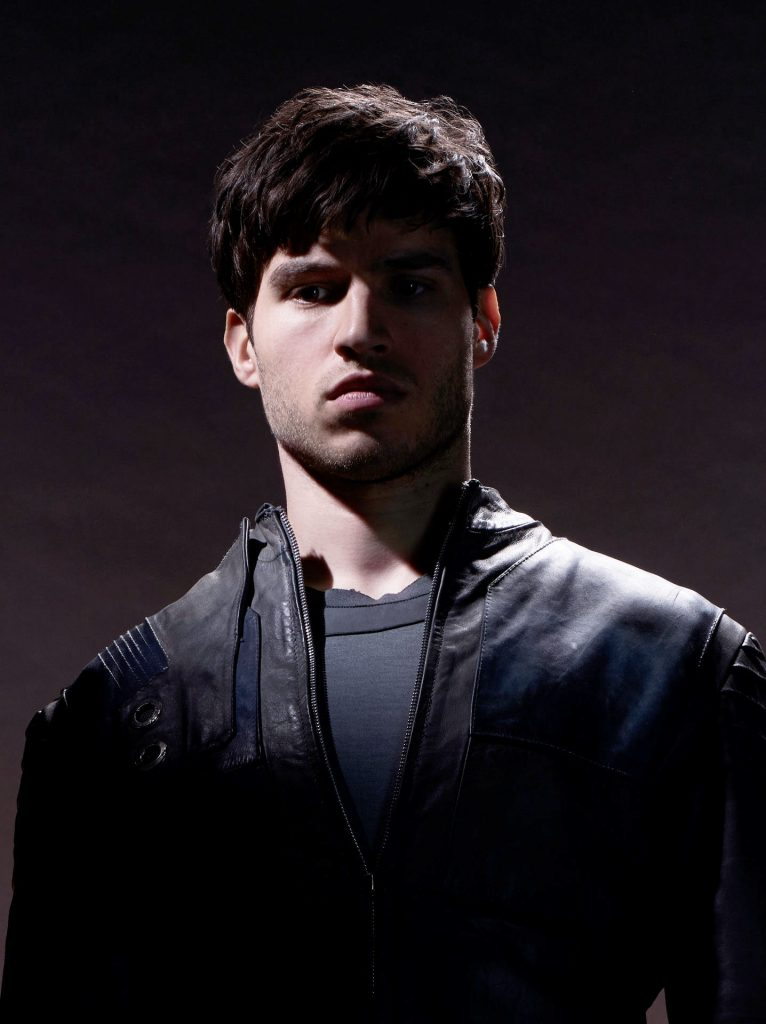 Cameron Cuffe Bio, Age, Height, Net Worth, Girlfriend, Facts - 9 Cameron Cuffe 766x1024